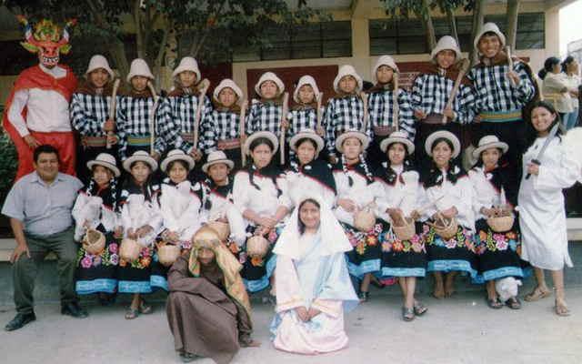 danza pastorcitos de sihuas vestimenta